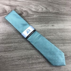 Van Heusen Air Blue Pattern Tie